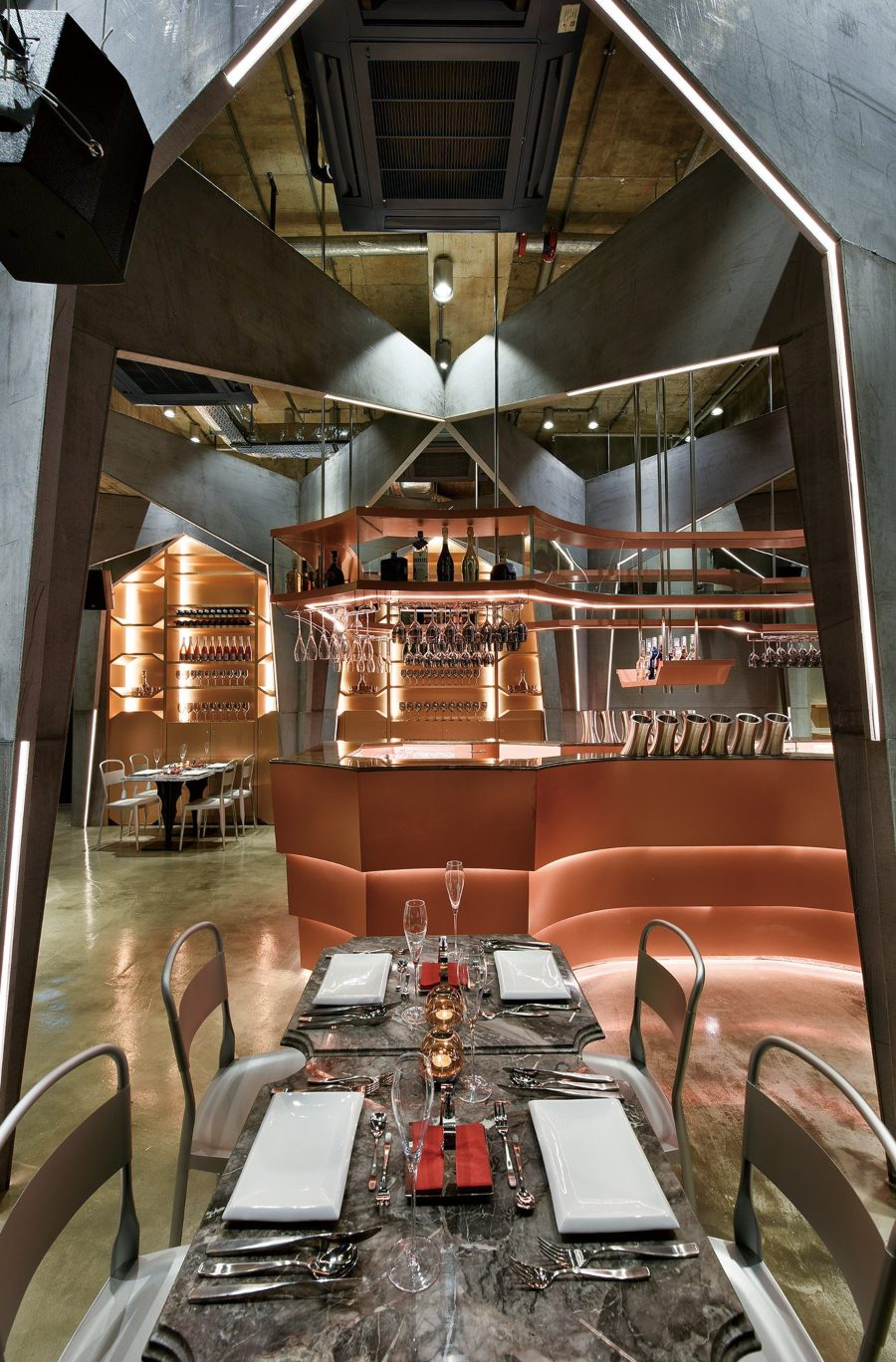 Futuristic Restaurant Design: Castello 4 by Michael Liu