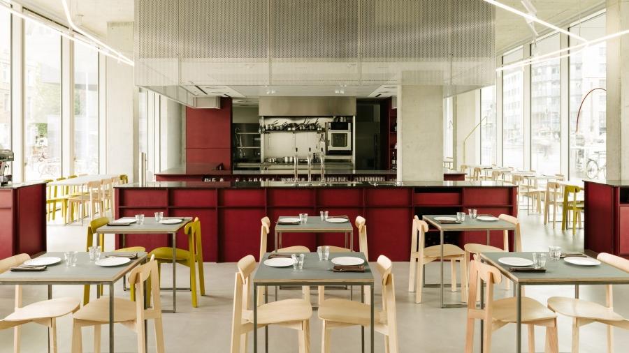 Remi Restaurant in Berlin by Ester Bruzkus Architekten